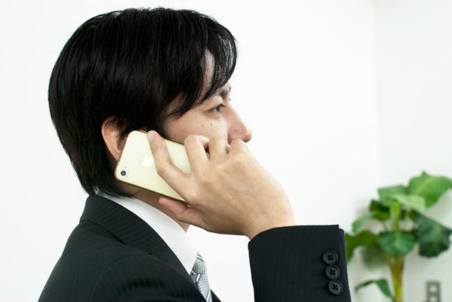 スマートフォン 営業マン